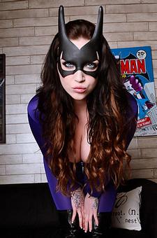 Busta Batgirl Harmony Reigns
