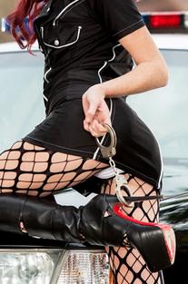 Elle Alexandra Arrest