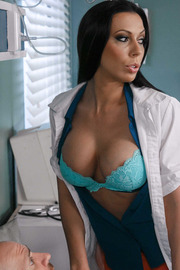 Anna Bell Peaks, Nicole Aniston, Rachel Starr And Romi Rain - Doctor Adventures-01